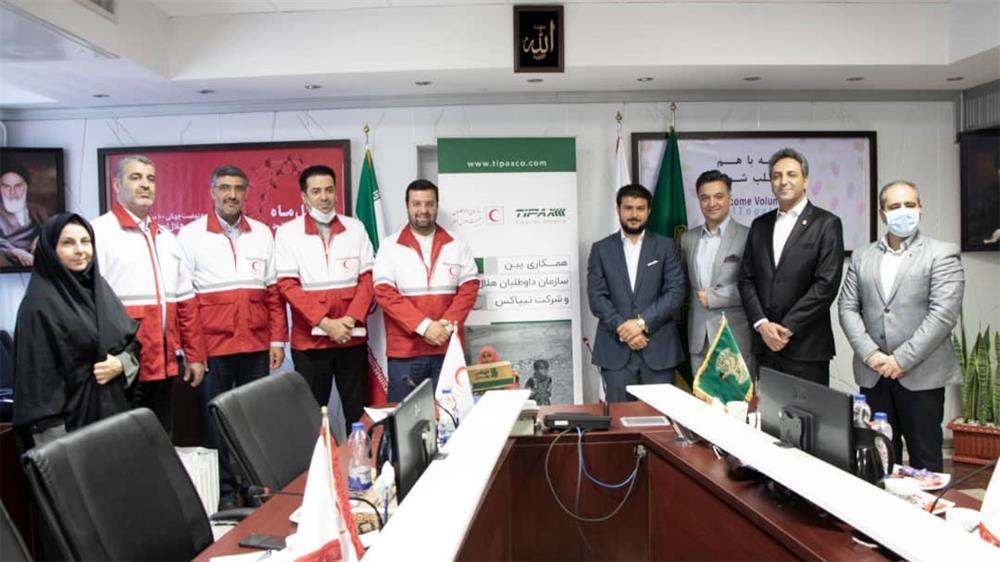 مسئولیت های اجتماعی-عقد تفاهمنامه همکاری میان تیپاکس و سازمان داوطلبان هلال احمر