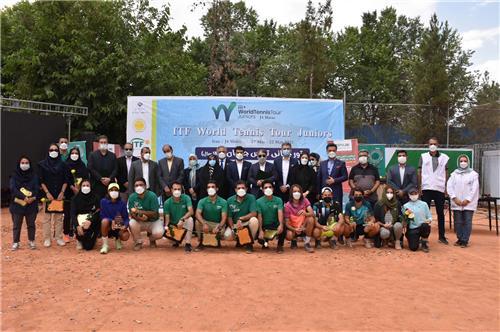 در مسابقات بین المللی تنیس 1400 شیراز چه گذشت؟