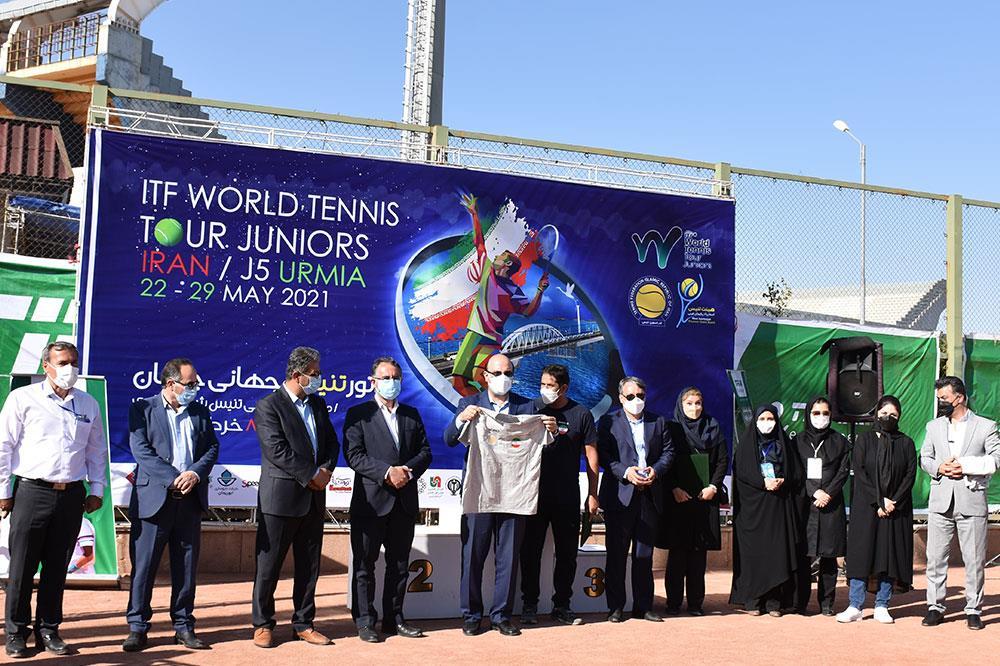 لجستیک و حملونقل-مسابقات بین المللی تنیس ارومیه با حمایت تیپاکس