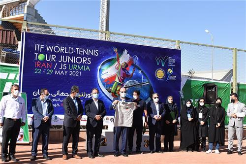 مسابقات بین المللی تنیس ارومیه با حمایت تیپاکس